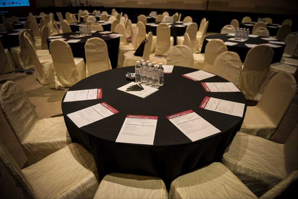 icube events_accop 2016 main conference half cluster table setting