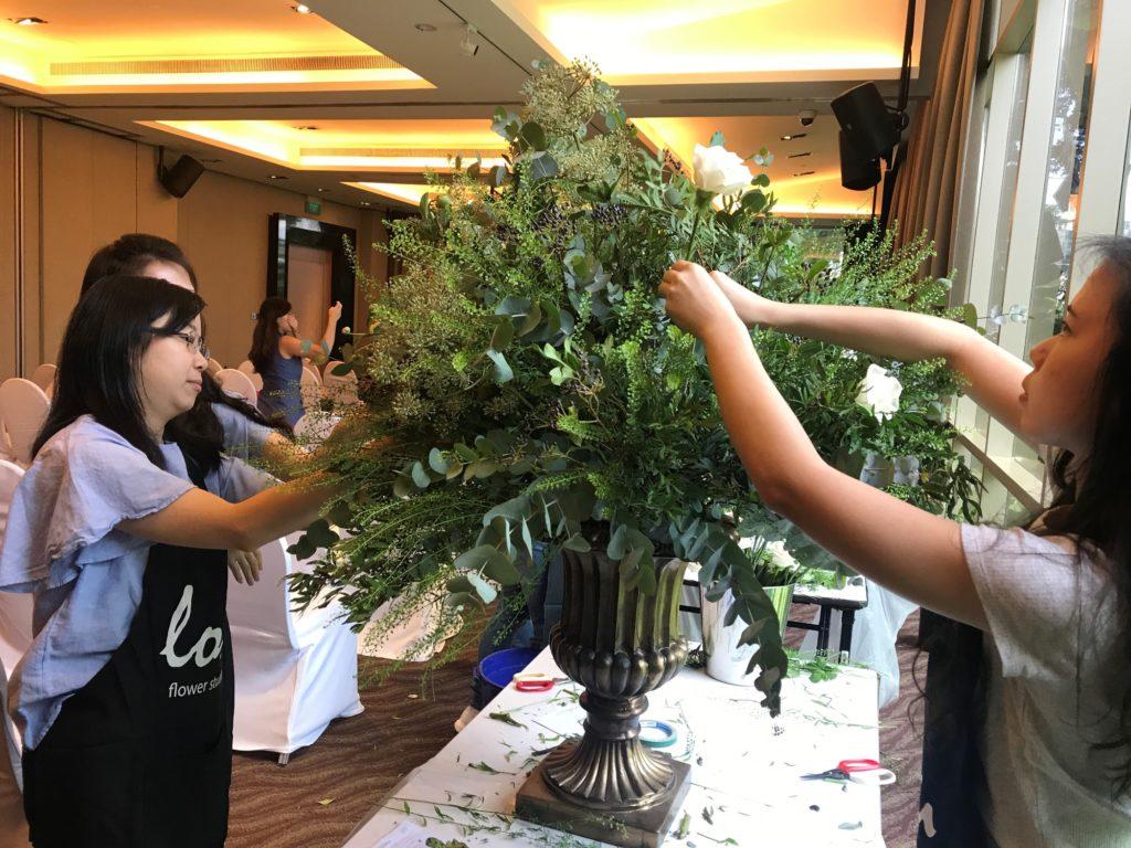 icube events_korean floral masterclass workshop wedding floral arrangement participants hands on