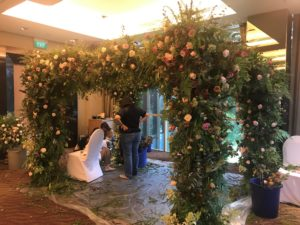 icube events_korean floral masterclass workshop wedding canopy arch participants hands on