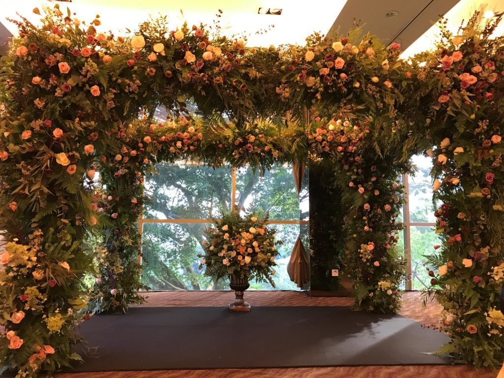 icube events_korean floral masterclass workshop wedding canopy arch participants hands on final product
