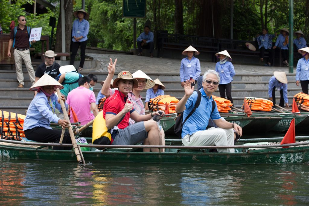 icube events_aps corporate retreat 2017 sightseeing rafting