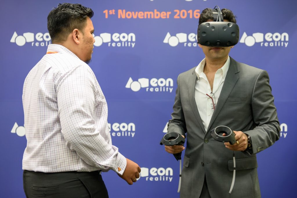 icube events_eon reality opening 2016 interactive vr virtual reality headset