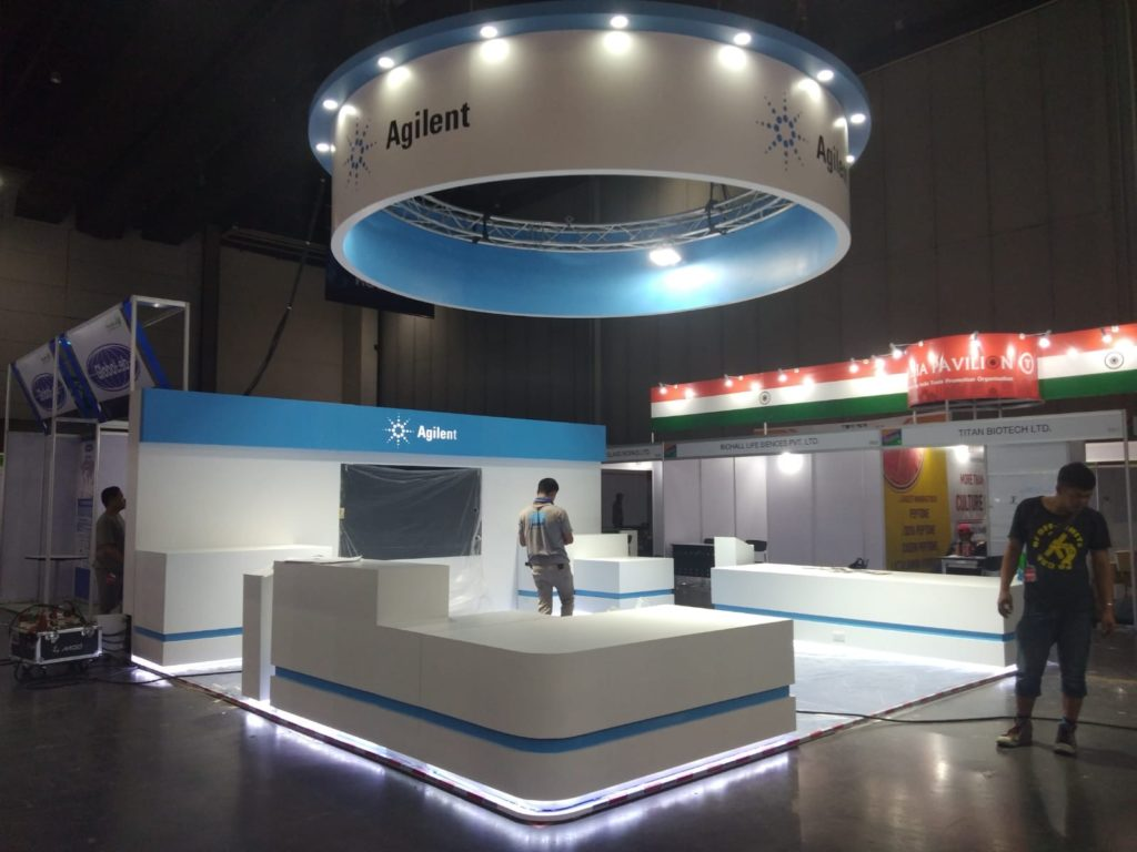 icube events_exhibition thailab booth setup with lights